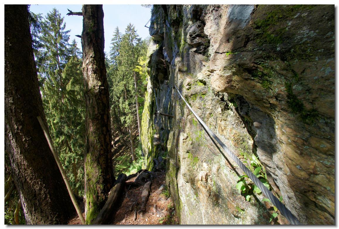 Klettersteig Fallbach : Freundderberge.at falken klettersteig falkert luft unter den